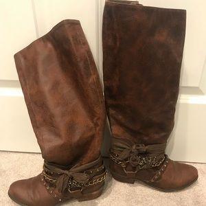 Boots sz 7